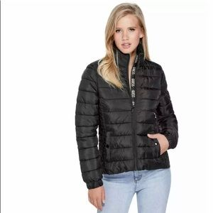 Guess Womes Aden Logo Placket Packable Jacket